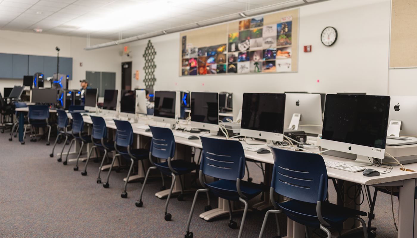Santa Barbara City College computer lab.